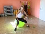 эффективные упражнения для похудения на фитболе