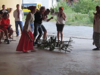 Параска і Палажка в Більче Золотому 2014р. 1 заїзд, 4 загін