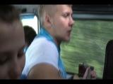 Гриша Соколов поет песню о любви к детям