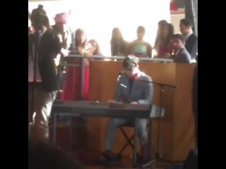 "Darren Criss singing ""Make You Feel My Love"""