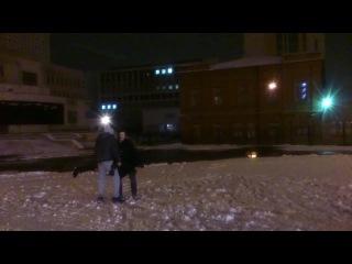 как разбить статую из снега головой Германа)