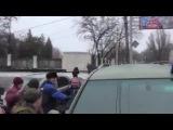 Командира украинских «киборгов» едва не растерзали на месте гибели людей в Донецке