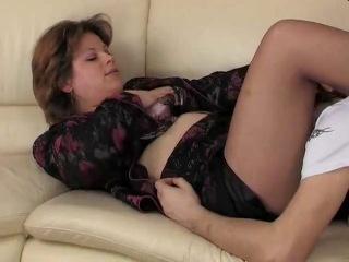 Инцест порно видео в чулках