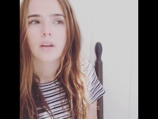 Zoey Deutch Instagram