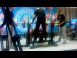 Стас Мельник жим 140 кг