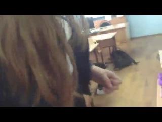 порно под юбкой одноклассницы фото