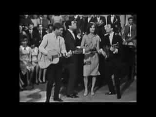 Dalida - Medley (quatuor F. Alamo, E. Macias, A. Barrière) 22.04.1964 (Age tendre et tête de bois) #