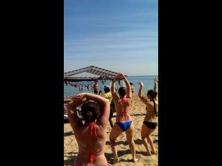 Eidoo Energy-Crewq - master class of oriental dance on the beach