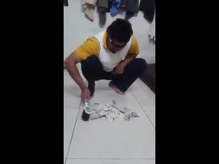 MR LOOK .. HOW IT EASY MAKE MONEY IN SAUDI ARAB