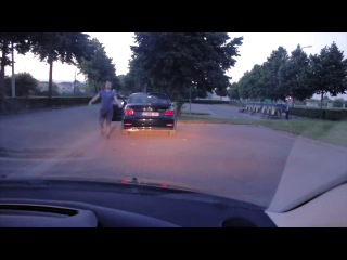 Мастер 80-уровня по разборкам на дорогах в Европе