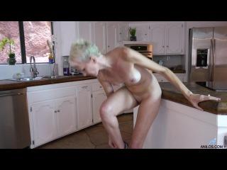 Anilos: Madison Mayhem - Mature Blonde  (mature, MILF, BBW, мамки - порно со зрелыми женщинами)