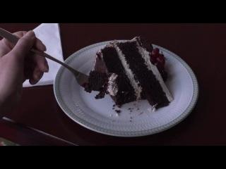 Скарлетт и торт