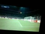 Супер - гол Гарэта Бэйла в ворота Барселоны. PES 2015