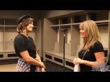 Деми дает интервью за кулисами концерта в Канзас-Сити, 23 сентября.
