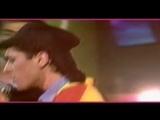 M.C. Miker G &amp D.J. Sven - Holiday rap