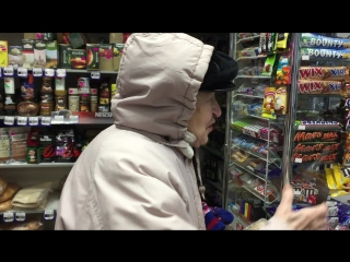 Бабушке 83 года, а фору даст многим молодым(Краснодар, 18.02.2015)