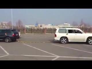 BMW X5 vs LEXUS 470