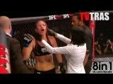 Лесли Смит и её оторванное ухо во время удара во время женского боя по смешанным правилам / Leslie Smith gets her left ear torn