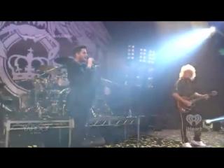 Freddie Mercury and Adam Lambert Sing