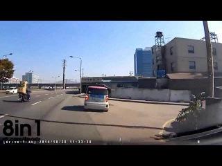 Пранк-розыгрыш - уличная ярость из минивэна на дорогах Южной Кореи / road rage unusual in South Korea