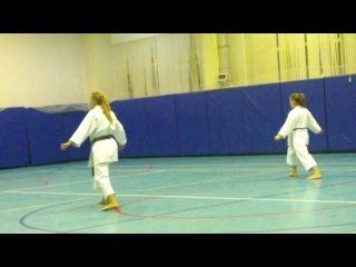 Катя (блондиночка ) сдаёт карате на чёрный пояс