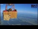 Кто быстрее - парашютист или специально обученный сокол-сапсан / BBC Earth - Parachutiste vs Faucon