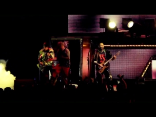 Five Finger Death Punch - Far From Home & Never Enough (Purgatory  Live (2013)