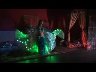 Танец живота -светодиодное шоу на Новогодний корпоратив.