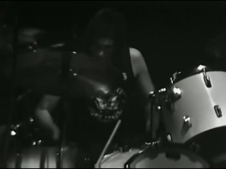 The Ramones - I Wanna Be Sedated - 12.28.1978 - Winterland