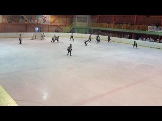 (Северная Звезда 2:3 Пингвины) Артем Егоршин(38) забивает гол и этим голом сравнивает счет (2:2) Это его 1 гол