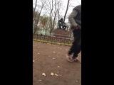 Бомж в Пушкинском саду