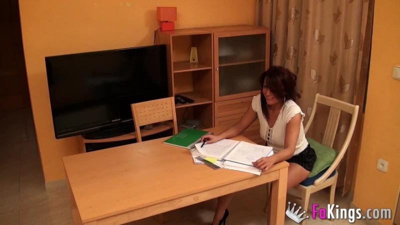 учительница развращает своего ученика порно 18+
