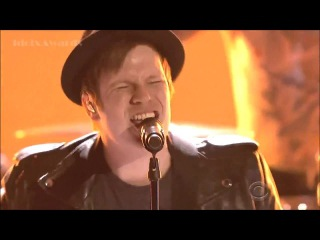 Fall Out Boy - Centuries (Live at People's Choice Awards 2015)