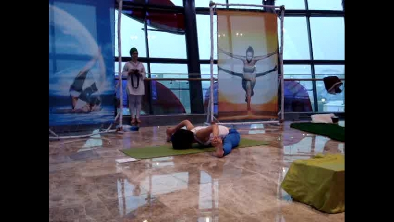 Выступление Саджи Масановой на уoga weekend 31.01.2015г от журнала Yoga Wellness Central Asia.