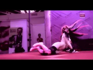 Королева Ночи Карина Барби - Vampire Porno Snow 3