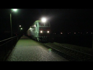 скорый поезд Киев-Кисловодск ЧС7-187 проследует оп. Новоселовка
