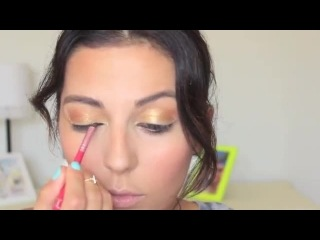 Date Night Makeup- Fall Cat Eye Tutorial - Sona Gasparian