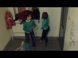 Vine как танцуешь перед друзьями & как танцуешь дома