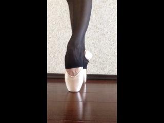 Пуанты,Ballet, beautifull, puanty, balet, home video, пуанты, коски, пальцы, лучшая стопа, подъем, балерина, ноги балерины, бале
