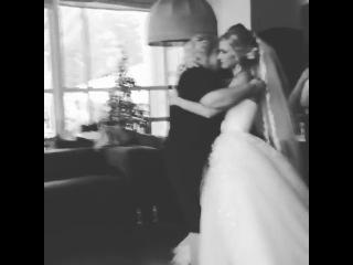 Очень трогательная песня для любимой мамы, от самой красивой невесты!