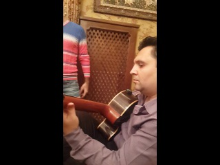поет Дмитрий Мататов,гитара - Эдуард Швыдченко ноябрь2014