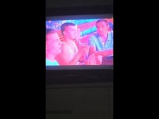 Баба бреет бошку налысо из-за машины  шоу Машина на канале Перец