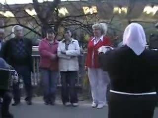 ЧАСТУШКИ ИЗМАЙЛОВСКОГО ПАРКА 2009(ЧАСТЬ2)