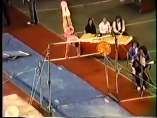 Вот почему мужчинам нельзя выступать по женским снарядам в спортивной гимнастике