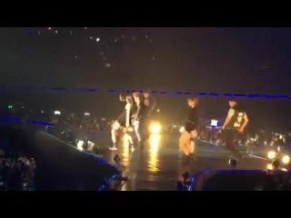 [Фанкам] 141213 Junho Suzy Nobody's Business JYP Nation One Mic BKK