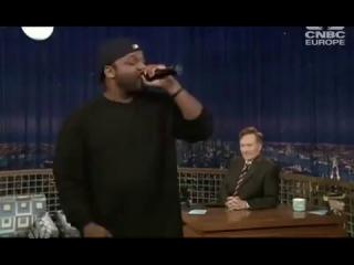Рэпер читает голосами Ll Cool J, Snoop Dogg, DMX и Jay-Z