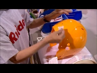 Как делают защитный шлем для американского футбола
