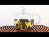 Улун молчный,Уникальный бирюзовый чай из Китая, Улун (или оолонг) – это один из самых вкусных и полезных чаев, который имеет неповторимый выраженный вкус, очень тонкий и нежный аромат зеленого чая. Его бирюзовый, слегка желтоватый янтарный оттенок, просто завораживает и притягивает к себе. Этот вид чая очень популярен не только в Китае, но и в Европе и России.