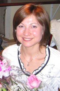 Надя Суровцева