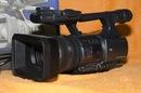 Почти новая sony VX2200 - еще на горанти - отработала только осенний...